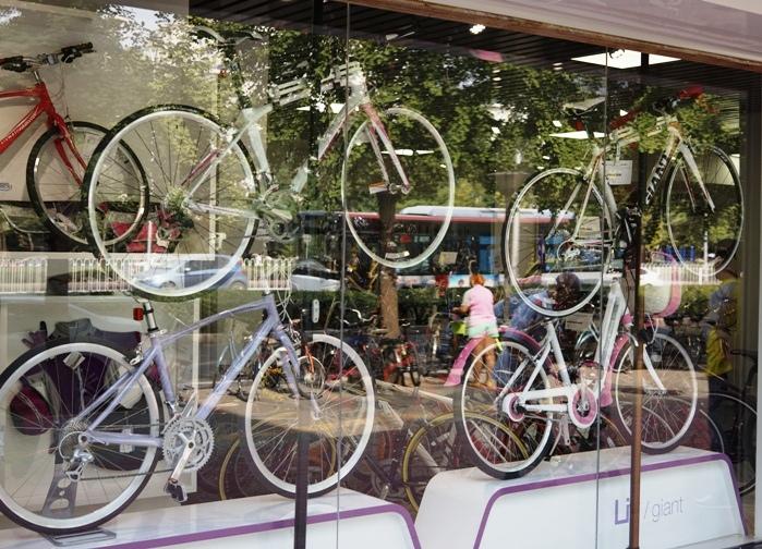 北京の自転車店_c0182775_21242182.jpg