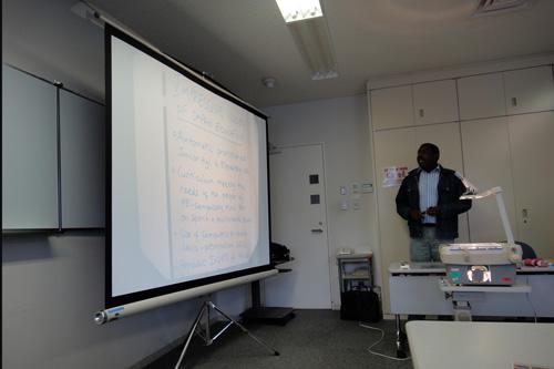 日本の教育についての講義_b0108779_1881911.jpg