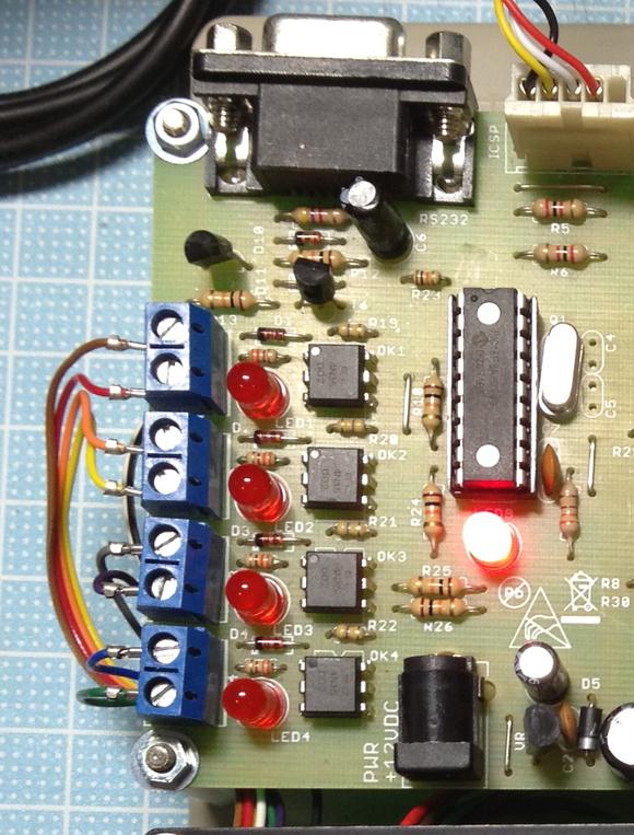 こちらも新型 エアコンコントローラ盤_c0061727_125047.jpg