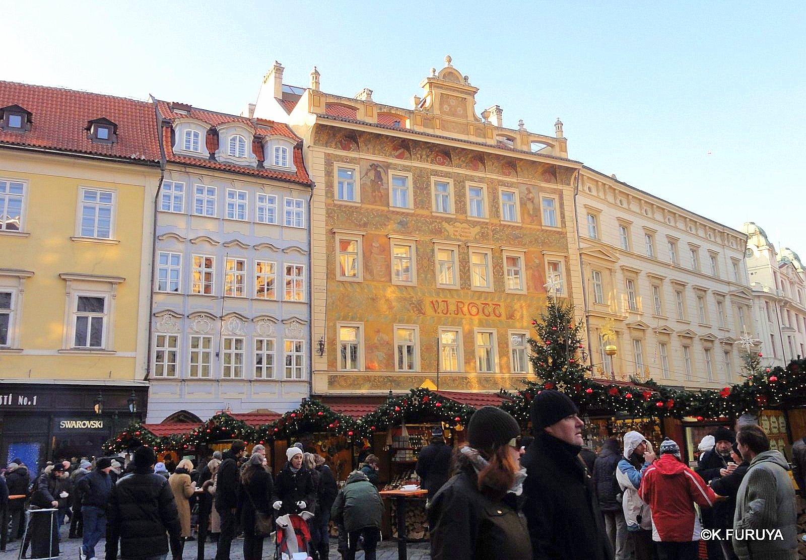 プラハ 9  旧市街広場_a0092659_21182667.jpg