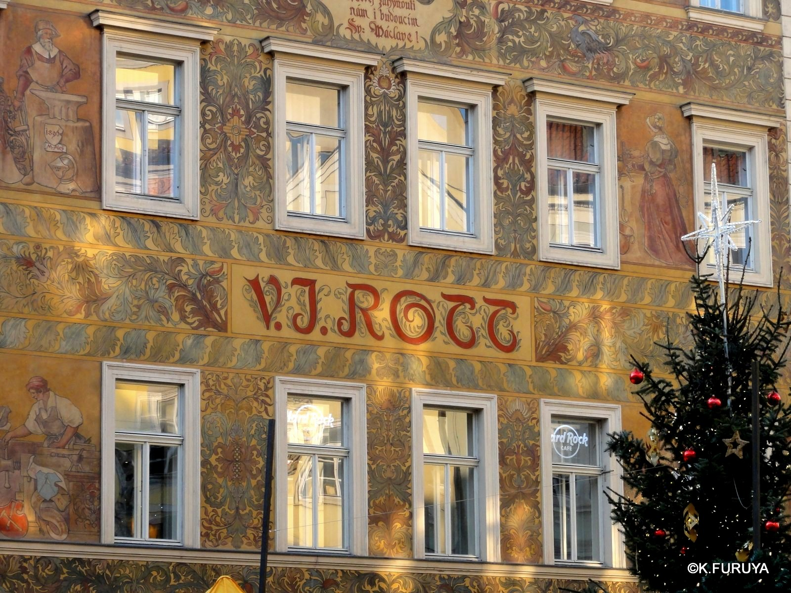 プラハ 9  旧市街広場_a0092659_21184099.jpg