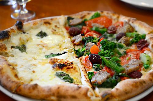 Pizzeria da Ciruzzo ピッツェリア・ダ・チルッツォ_b0016049_144068.jpg