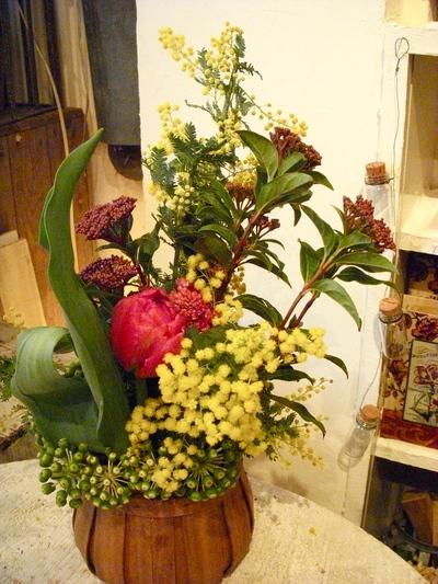 かわいい芸術家・春の花あしらいVol.2。。。_a0229658_1641730.jpg