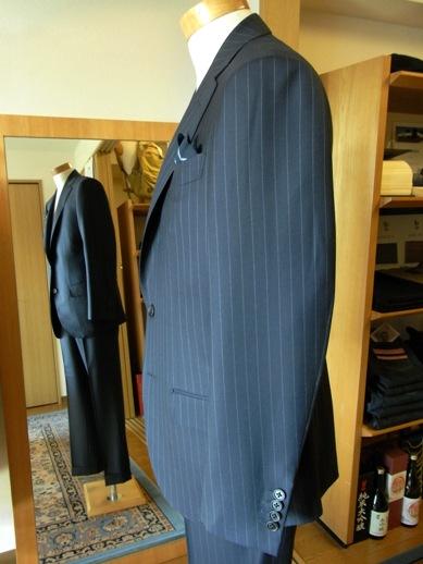 東京へ戻る前に【TUWAMONOスーツ】~「岩手のスーツ」をオーダー頂きました! 編_c0177259_1434954.jpg