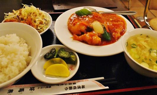 地下食堂街の中華定食屋さん 板前ごはん好再来 @神戸・三宮 ...