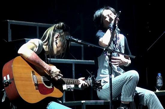 元FANATIC◇CRISISの石月努、渋公ワンマンで「生涯音楽活動も続けていく」と宣言_e0197970_013121.jpg