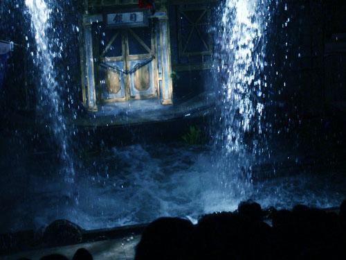 『NADJA 夜と骰子とドグラマグラ』開幕 (水族館劇場)_b0005281_17022100.jpg
