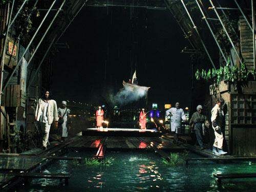 『NADJA 夜と骰子とドグラマグラ』開幕 (水族館劇場)_b0005281_17039100.jpg