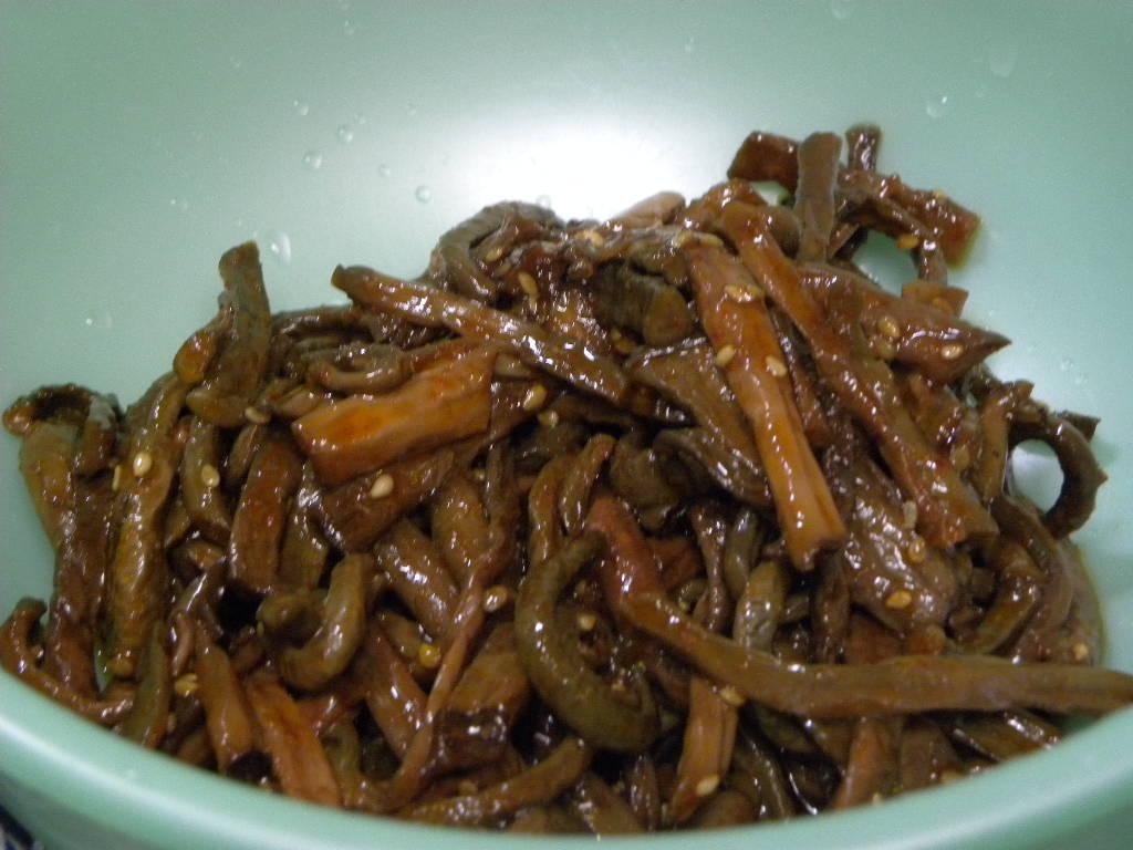 豆もやしのナムルを作ったらビビンバが食べたいな・・・。_c0162773_12193348.jpg