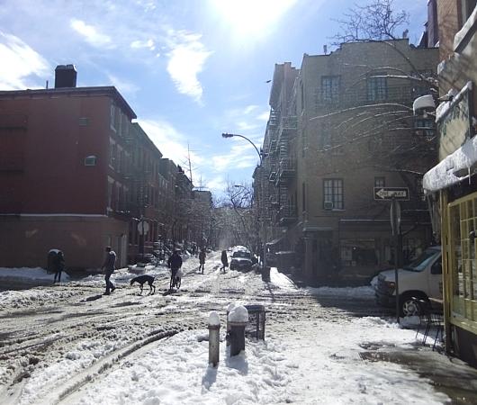大雪後のマンハッタンの様子_b0007805_8213430.jpg