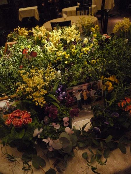 写真を飾るテーブル シェ松尾青山サロン様へ_a0042928_17202826.jpg