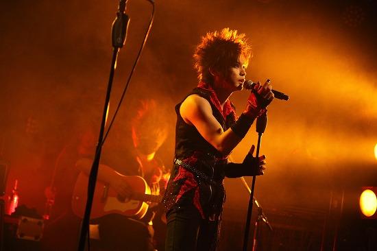 jealkbが2013年一発目であり、全国ツアー『崖淵薔薇ノ背水』初日のワンマンを開催_e0197970_20243215.jpg