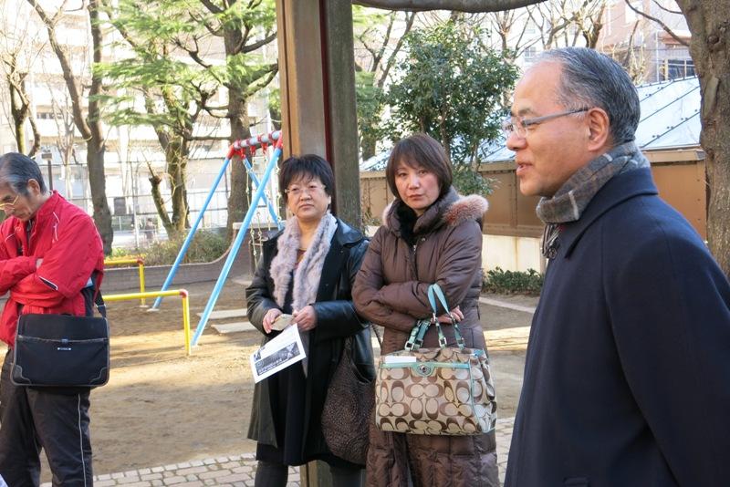 #拜年啦#正月初一東京漢語角 依然举行交流会。日中两国朋友30多人参加,大家相互拜年,用汉语说恭喜发财_d0027795_17213434.jpg
