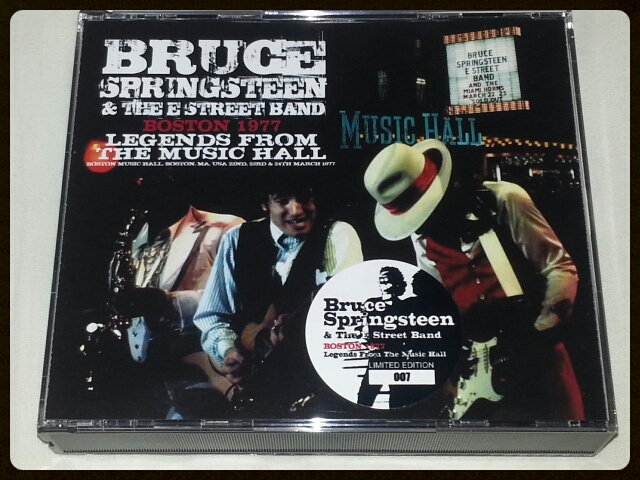 BRUCE SPRINGSTEEN & THE E STREET BAND / BOSTON 1977 LEGENDS FROM THE MUSIC HALL_b0042308_21131084.jpg