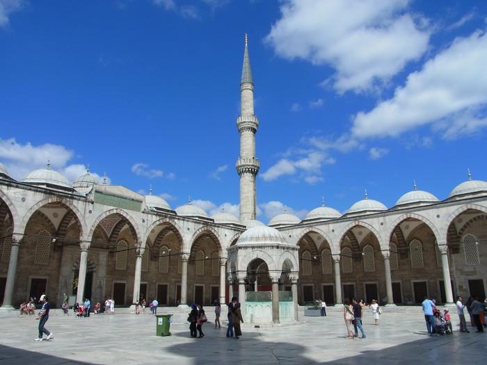 イスタンブールのブルーモスク_d0116009_5285045.jpg