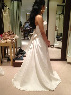 お誕生日のWEDDING DRESS_c0043737_1259196.jpg