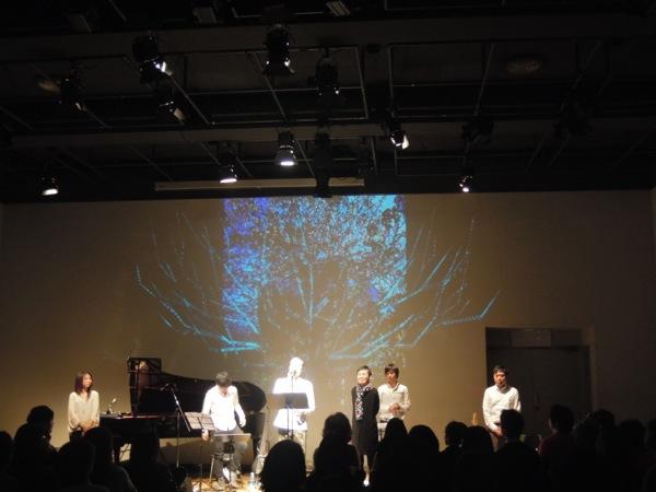 Yongenライブ「新月の夜の唄詩絵」フォトレポート_e0030586_141947100.jpg