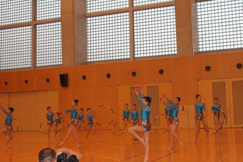 娘の新体操の発表会2013_e0123104_6365722.jpg
