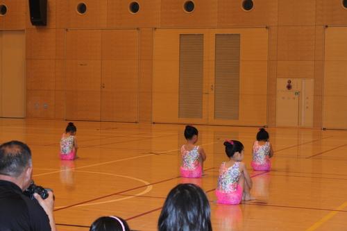 娘の新体操の発表会2013_e0123104_6402385.jpg