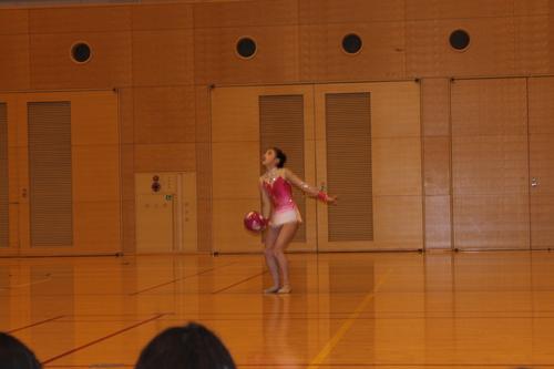 娘の新体操の発表会2013_e0123104_6412911.jpg
