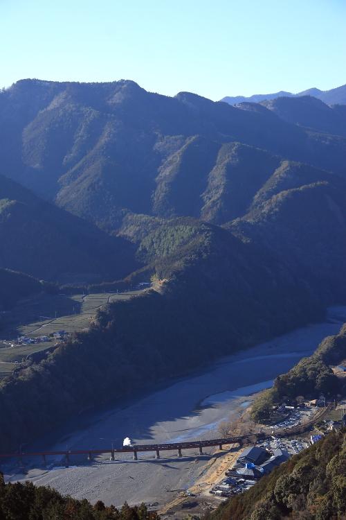 河原に白煙 - 2013年冬・大井川 -  _b0190710_23104442.jpg