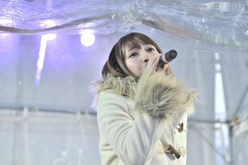 藍井エイル、「さっぽろ雪まつり」にてライブを敢行!_e0025035_16474227.jpg