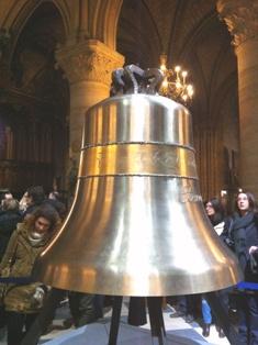 Notre Dame de Paris(ノートルダム寺院)の鐘_f0214437_322878.jpg