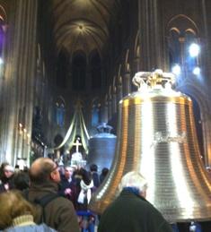 Notre Dame de Paris(ノートルダム寺院)の鐘_f0214437_324338.jpg