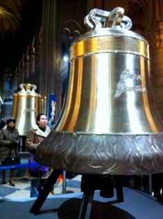 Notre Dame de Paris(ノートルダム寺院)の鐘_f0214437_324657.jpg