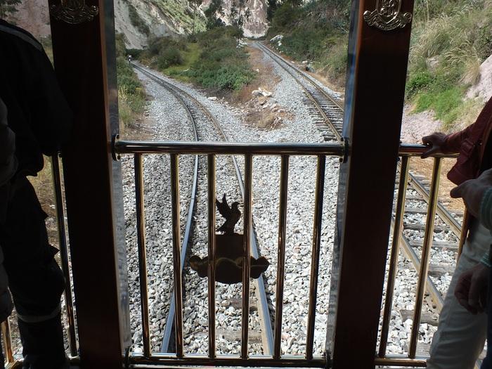 ハイラム・ビンガム号の車窓から-3 / The Views from the Hiram Bingham-3_e0140365_20513748.jpg