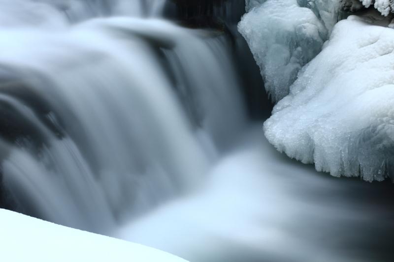 真冬の白滝_e0183063_16363298.jpg