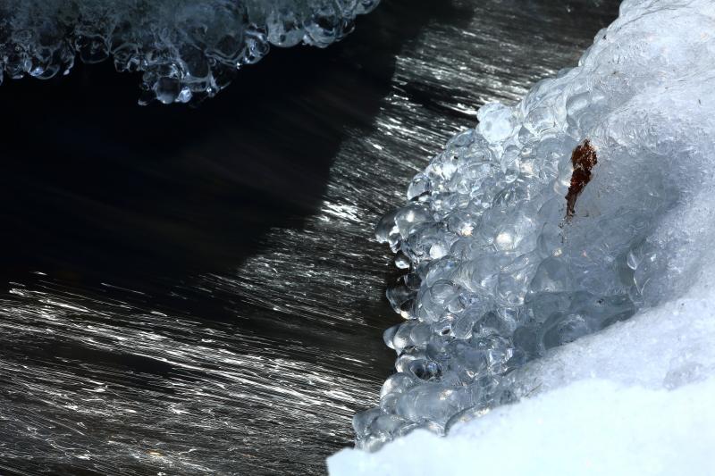 真冬の白滝_e0183063_16372372.jpg