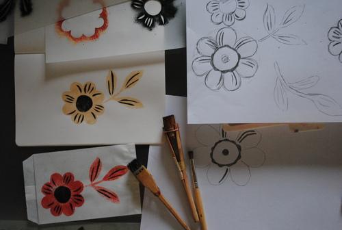 ステンシルで花柄試作_d0101846_8105288.jpg