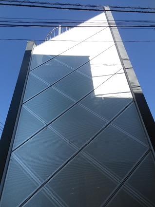 130214  スタジオ宙設計の極小敷地に建つ垂直長屋を体験_f0202414_2123338.jpg
