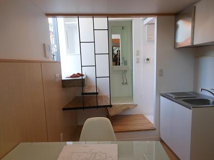130214  スタジオ宙設計の極小敷地に建つ垂直長屋を体験_f0202414_213209.jpg