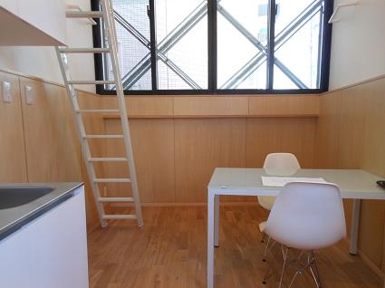 130214  スタジオ宙設計の極小敷地に建つ垂直長屋を体験_f0202414_213394.jpg