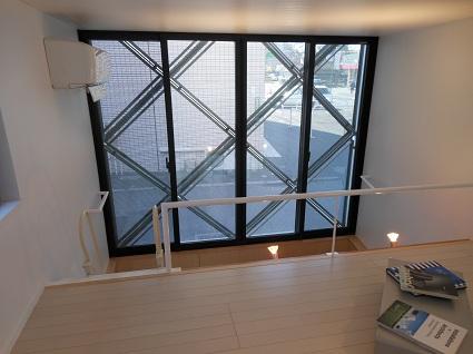 130214  スタジオ宙設計の極小敷地に建つ垂直長屋を体験_f0202414_2145022.jpg