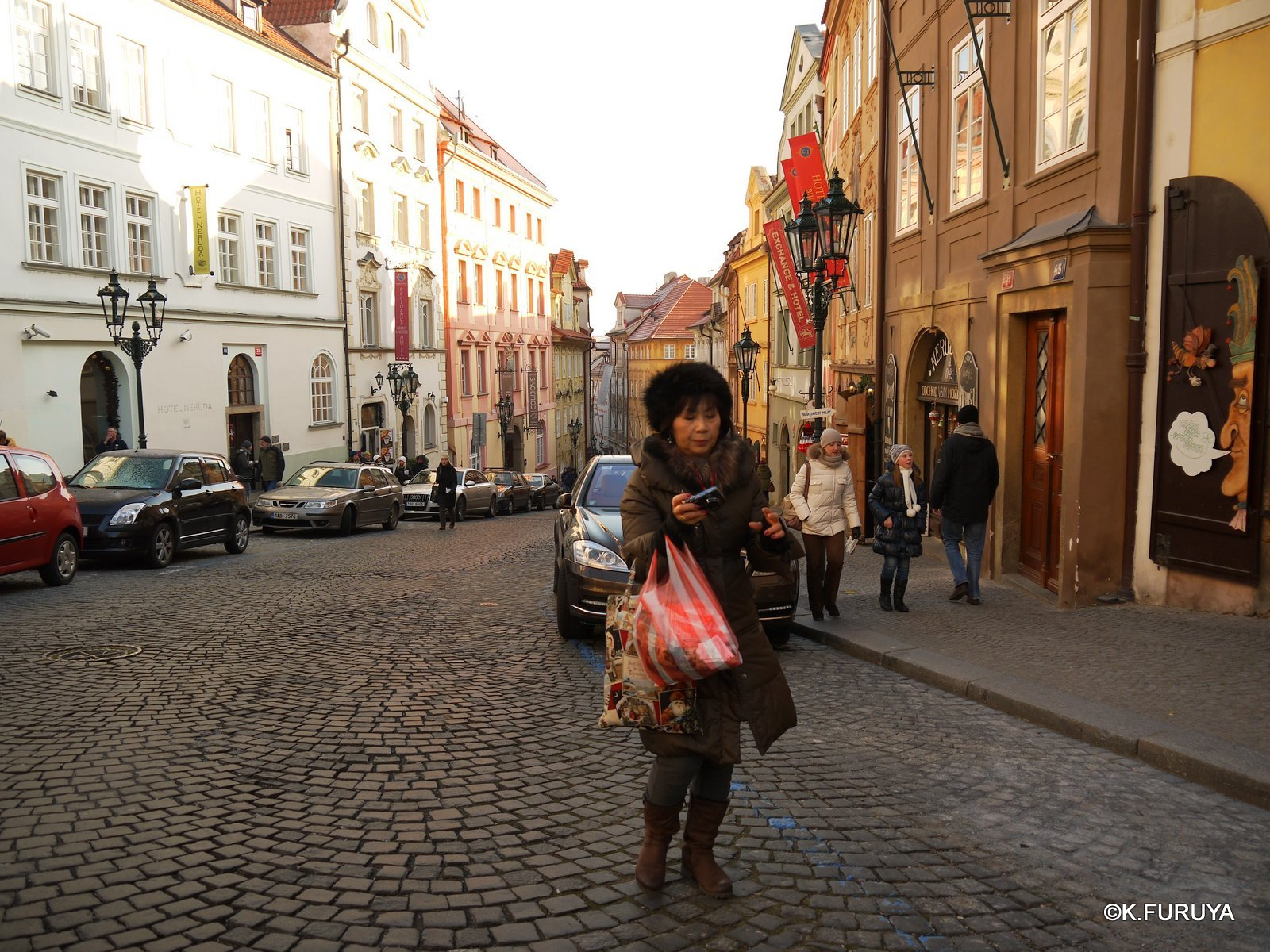 プラハ 11   ネルドヴァ通り _a0092659_20541896.jpg