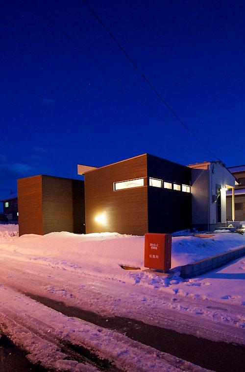 雪景色の竣工写真 〜夜室外観編_f0098628_553714.jpg