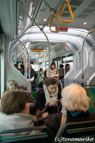 おパリのバスの戦い_c0024345_1972654.jpg
