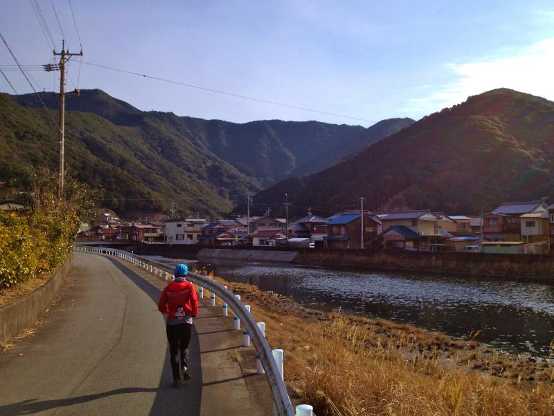 2013/02/13-14 姫越山〜座佐の高トレイルランニング_b0220886_1011267.jpg
