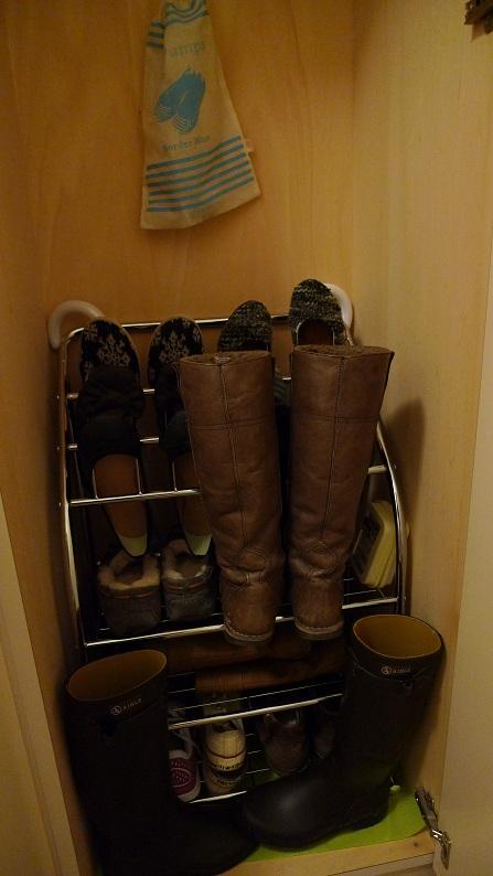 靴箱収納。_a0188798_20213311.jpg