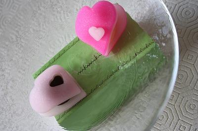 和菓子でバレンタイン_a0273699_13591987.jpg