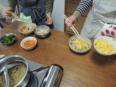 玄米ちらし寿司を作りました_b0252363_1633876.jpg