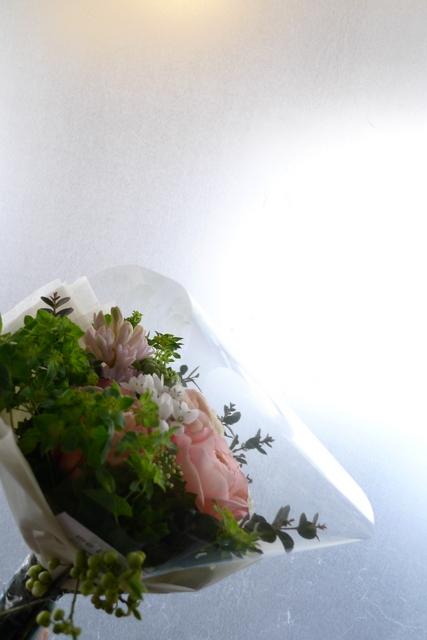 小さめのお誕生日花束。_b0171193_2114738.jpg