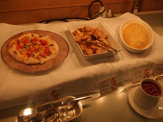 ホテルオークラ東京ベイ テラス スイートランチ~いちご祭り~_f0076001_2012174.jpg