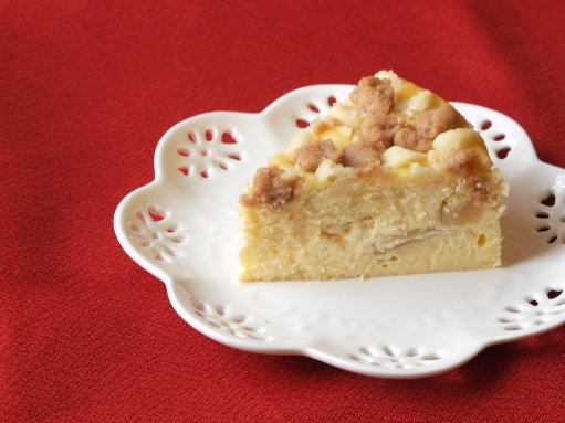 お友達の「リンゴとクランブルのチーズケーキ」_b0254207_1746314.jpg