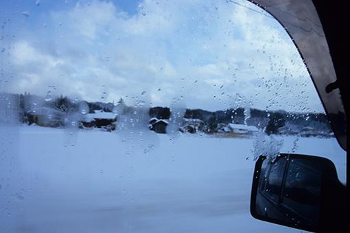 吹雪の海で_b0259218_173547.jpg
