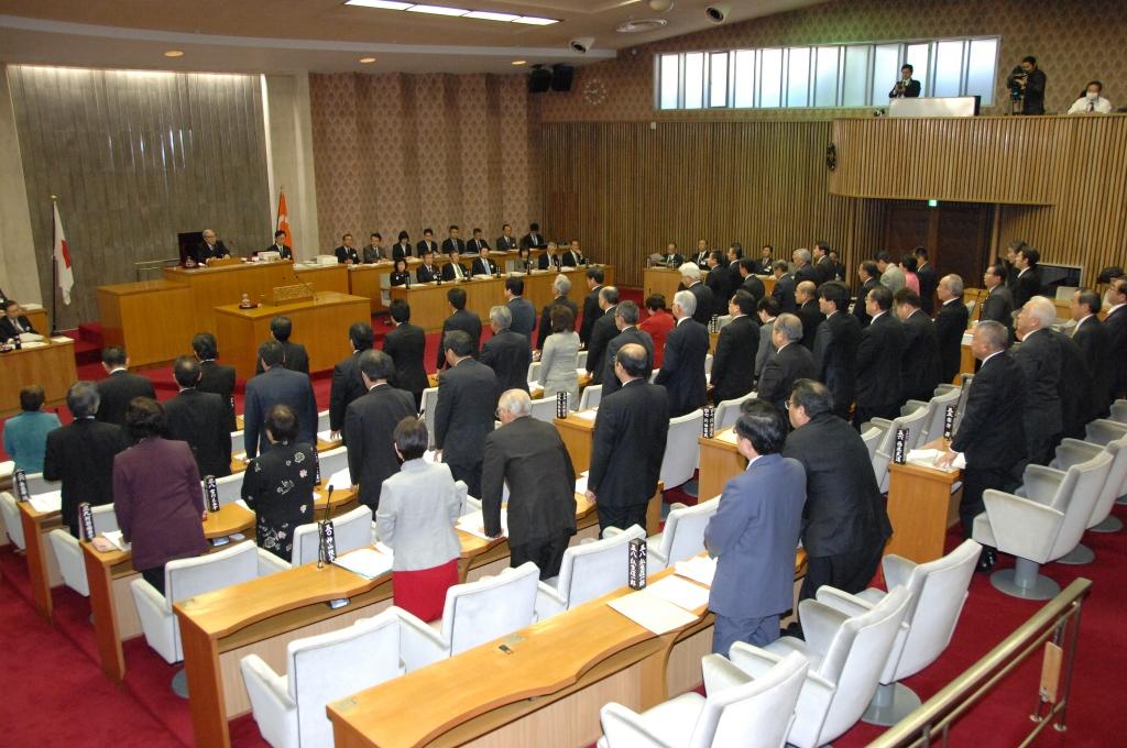 福島県議会 2月定例会開会_f0259324_15243950.jpg