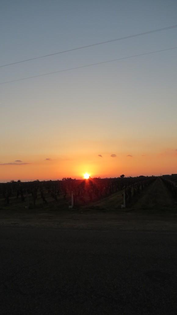 130221 ルート99号線、地平線に沈む真っ赤な太陽_d0288367_11123076.jpg